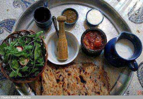 کتاب آموزش آشپزی (غذاهای محلی و متنوع)